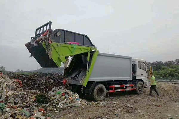 农村生活垃圾的危害性
